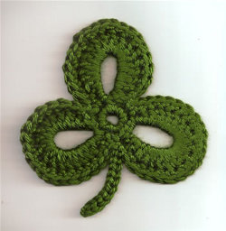 Shamrock Wrap Crochet Pattern | Knitting & Crochet & Yarn | Purple
