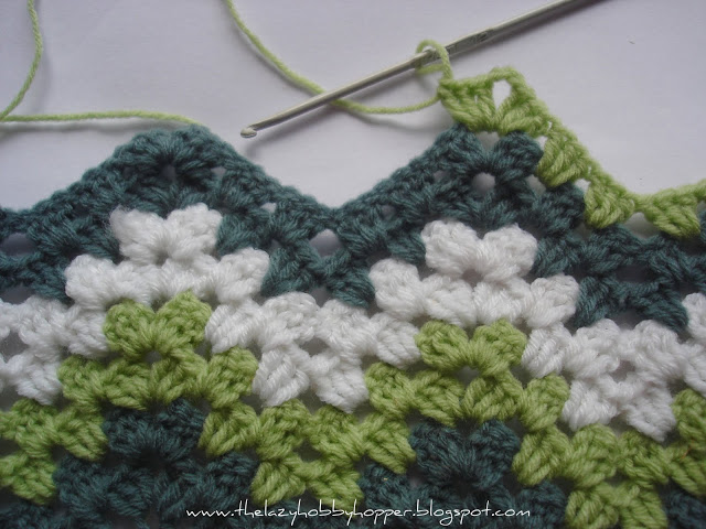 How To Crochet a Ripple Crochet Afghan: 7 Free Crochet Patterns eBook