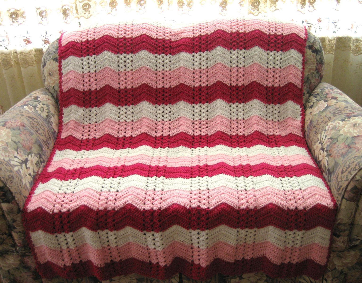 All Free Crochet Afghan Patterns : White Chocolate Strawberry Double Shell Ripple ...